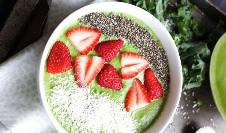 recetas bowls para el desayuno Honeydew Smoothie Bowl